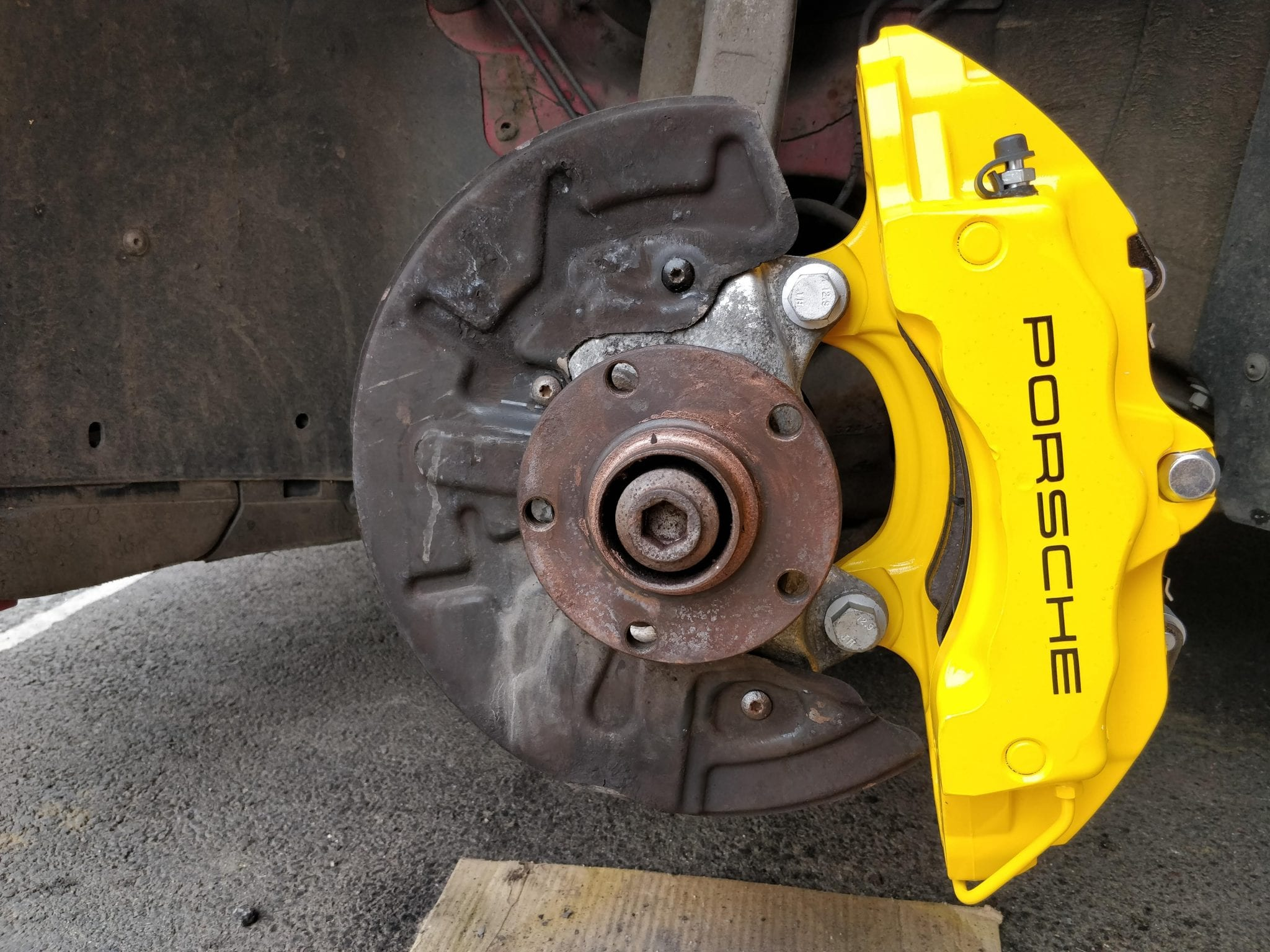 Brembo 18z Brakes on B6/B7 Audi A4/S4/RS4 |
